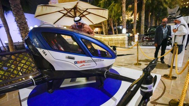 Dubái realiza pruebas de un taxi-dron chino